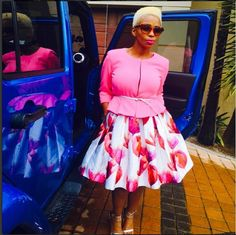 Last but definitely not least- A lady that has amazing style- Ms Nhlanhla Nciza- This outfit is everything! Pink Dress Outfits, White Outfits, Gray Dress, Cool Outfits, Casual Outfits, Casual Clothes, African Attire, African Wear, African Women