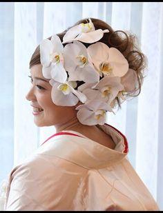 胡蝶蘭を使った洋髪スタイル