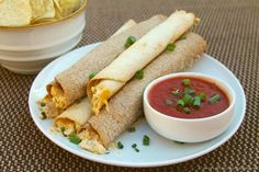 Baked Chicken Taquitos. Mmmmm, these look scrumptious and much healthier than the fried version! Yummm.