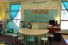 It's finally time for my classroom reveal! I can't wait to show you guys what a great deal of work I put in to making my classroom look calming and run smoothl Calm Classroom, First Grade Classroom, Classroom Setting, Classroom Environment, Preschool Classroom, In Kindergarten, Future Classroom, Classroom Teacher, Classroom Behavior