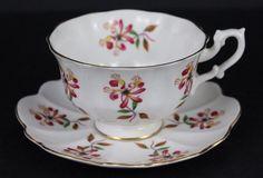 Beautiful Shelley Floral Design Bone China Tea Cup & Saucer Nice #Shelley