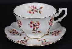 Beautiful Shelley Floral Design Bone China Tea Cup & Saucer Nice #Shelley