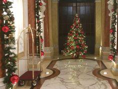 Albero di Natale - Allestimento Natalizio per Hotel - www.laflorealedistefania.it