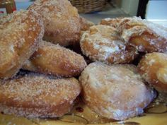 Good Ol Apple Fritters from The name pretty much says it all. A covered deep fryer is the safest thing to use for frying these. Apple Fritter Recipes, Donut Recipes, Apple Recipes, Sweet Recipes, Cooking Recipes, Cooking Tips, Delicious Desserts, Dessert Recipes, Yummy Food
