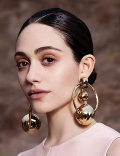 A Collectio - gold earrings - hoops - statement - portrait