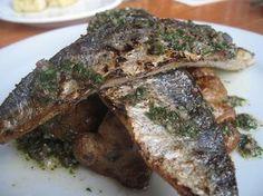 maquereaux cuits à la plancha, marinés à l'huile d'olive, citron, fines herbes