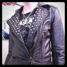 Allsaints black leather stud Mohan jacket, US 4 I am so sad to be selling my AMAZING and gorgeous black leather studded Allsaints Mohan biker jacket. It is made of super soft leather with silver studs around the collar and has an intentional distressed look with functional zipper pockets and zippers on the sleeve. It's in great condition and barely worn. I LOVE it but it's a size too small and I can longer move comfortably in it. It's a size UK 8 or US 4, but I feel like it runs a little…