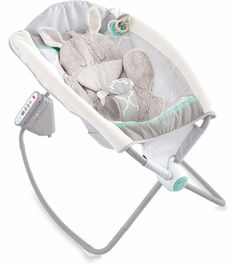 Check out the Safari Dreams Deluxe Newborn Auto Rock 'n Play Sleeper at the official Fisher-Price website. Explore all our baby and toddler gear, toys and accessories today! Fisher Price, Baby Needs, Baby Love, Baby Momma, Dream Baby, Rock And Play, Rock N Play Sleeper, Safari, Baby Rocker