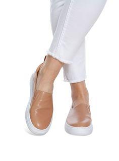 47e5f61d82e 7 bästa bilderna på Skor | Nike boots, Adidas running shoes och ...