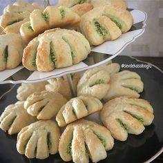 Turkish Recipes, Beautiful Cakes, Hot Dog Buns, Bread, Cookies, Fruit, Food, Long Haul, Instagram