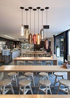 Love these lamps - Coach House, il caffè-ristorante disegnato da SHH Architects,