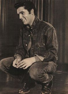 Yeah... I totally woulda been one of Elvis Presley's swooning fans if I'da been alive then.