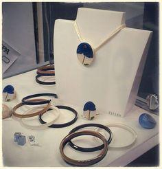 Collane, bracciali, orecchini e anelli ZSISKA
