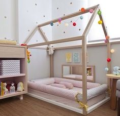 Considering the Montessori approach for your child? Check out our Montessori Baby Room collection and get inspired! Toddler Floor Bed, Toddler Rooms, Baby Bedroom, Girls Bedroom, Master Bedroom, Room Baby, Bedroom Wall, Bedroom Decor, Wall Decor