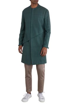 Buy Handwoven cotton jacket by Antar Agni- Men at Aza Fashions Indian Men Fashion, Men's Fashion, Fashion Design, Antar Agni, Lakme Fashion Week, Kurta Designs, Latest Outfits, Cotton Jacket, Celebrity Look