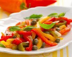 Salade de poivrons grillés à l'ail et aux câpres : http://www.fourchette-et-bikini.fr/recettes/recettes-minceur/salade-de-poivrons-grilles-a-lail-et-aux-capres.html