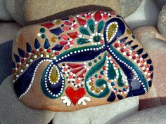 Trail of love / leave a trail / painted rocks / by LoveFromCapeCod.  #Creative #Garden #Inspiring #Painted #Rocks |