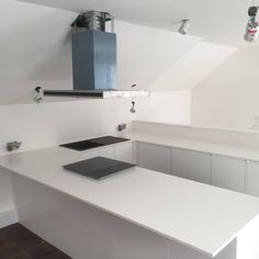 This all white kitchen is made up of the Bianco Puro. It has proven to be very popular and when we fitted this we had already fitted 4 more of this style quartz in other kitchens. Quartz Rock, Granite Colors, U Shaped Kitchen, All White Kitchen, Sink, Colours, Urban, Kitchens, Popular