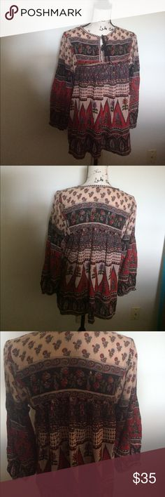 Gypsy Fair Trade Blouse Medium Beautiful bohemian vibe shirt. Brand is Gypsy. They're a fair trade bean meaning this shirt was not made in a sweatshop and the workers actually earn livable profit. Only flaw, no size tag. I purchased as a medium. Tops Blouses