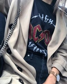 #fashion #street #style - Printed tee & trench                                                                                                                                                                                 More