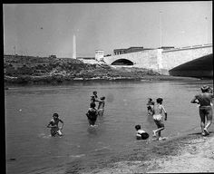 Roma Sparita - Ponte Duca d'Aosta  1955 Bed And Breakfast, Old Photos, Louvre, History, Building, Travel, Vintage, Porto, Amor
