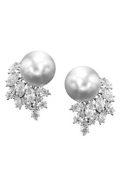 How to Dress Like A Modern Grace Kelly - Assael earrings - Neiman Marcus High Jewelry, Pearl Jewelry, Jewelry Accessories, Jewelry Design, Pearl Earrings, Silver Earrings, Skull Jewelry, Hippie Jewelry, Fashion Accessories