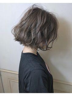 Pin on ショート Pin on ショート Medium Permed Hairstyles, Short Permed Hair, Pretty Hairstyles, Short Hair Cuts, Medium Hair Styles, Curly Hair Styles, Ulzzang Hair, Shot Hair Styles, Korean Short Hair