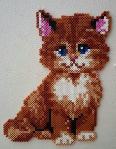 Kitty Hama beads by - Hama-Werkstatt Pony Bead Patterns, Pearler Bead Patterns, Perler Patterns, Beading Patterns, Perler Beads, Perler Bead Art, Fuse Beads, Perler Bead Designs, Hama Beads Design