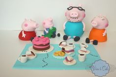 Tutorial: Peppa Pig and Family Cupcakes, Fondant Tutorial, Fondant Figures, Sugar Paste, Cake Decorating Tutorials, Peppa Pig, Cake Recipes, Kid Cakes, Empanadas