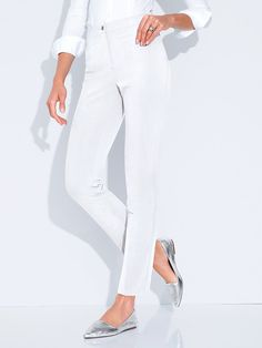 Reise-Hose, knitterarm und pflegeleicht Hahn, White Jeans, Capri Pants, Fashion, Viajes, Moda, Capri Trousers, Fashion Styles, Fashion Illustrations