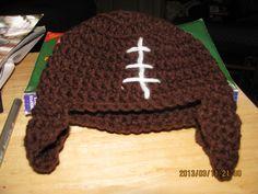 newborn's hat--