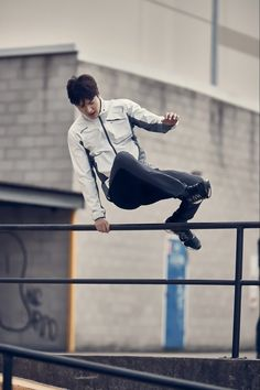 Lee Min Ho Playfully Parkours Around Sydney for Eider Spring 2016 CF | A Koala's Playground