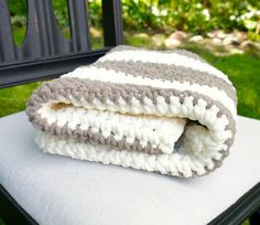Chunky Crochet Baby Blanket. Super Sweet and Soft Gender Neutral Striped Baby Blanket. Customized Colors