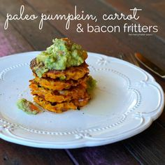You have got to try these Paleo Pumpkin, Carrot and Bacon Fritters! Perfect for a weekend brekky or brunch gathering! Healthy, quick and delicious recipes!