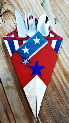 Patriotic Themed Utensil Wrap by Kreative Kinks