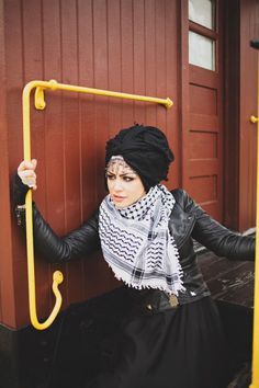 Black and white keffiyeh with black leather jacket. Love it!