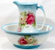 "091571: DEMI PORCELAIN PITCHER & WASH BASIN SET 13"" : Lot 91571"