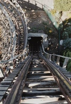 abandoned amusement parks - @Amy Young Dumb And Fun - Travel Blog Travel Blog