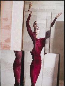 Fondazione Sozzani Shares David Seidner's Exhibition From The Archive Mirror Photography, Reflection Photography, Creative Photography, Photography Poses, Fashion Photography, Conceptual Photography, Color Photography, Robert Doisneau, Fashion Shoot