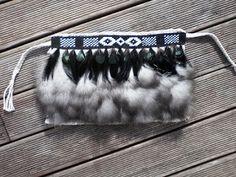 Robin Weaves Korowai: 2017 Flax Weaving, Basket Weaving, Tablet Weaving Patterns, Maori Patterns, Flax Flowers, Maori Designs, Nz Art, Two Ladies, Weaving Projects