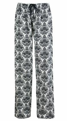 0e85139eff Amazon.com  Leisureland Women s Cotton Flannel Lounge Pants Damask Print  White  Clothing Lounge