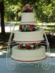 Victorian Garden Wedding Cake or Canada Day long weekend Garden Wedding