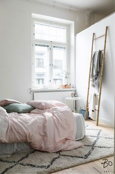 PASTEL HUES FOR SPRING / RAW DESIGN BLOG Small Rooms, Small Spaces, Home Bedroom, New Homes, Pastel, Spring, Inspiration, Furniture, Design