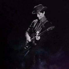■●•He's totally enjoying his guitar■●•