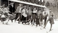 The Roberts ski party at Longmire in 1909