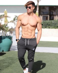 New day, New opportunity 🙏 Pants The Man Show, Best Joggers, Gym Outfit Men, Shirtless Hunks, Extreme Workouts, Fitness Photoshoot, Men Photography, Muscular Men, Shirts