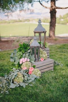 California Wedding with Rustic Chic Decor - MODwedding
