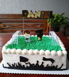 Soccer Ball Cake, Cake Decorating Designs, Birthday, Desserts, Kids, Real Madrid, Food, Amanda, Snacks