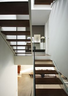 House in Fuente del Berro | Borja Garcia Studio #architecture #house #white #wall #stairs #sculptural #staircase #wood