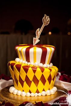LOVE this Nole cake!.... someone tell the hubster I'll be EXPECTING this for my next birthday!!!!